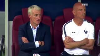 La réaction de Didier Deschamps après chaque but marqué par la France lors de la finale.