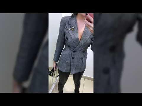 Приталенный женский пиджак в клетку