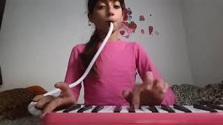 Melodika ile bildiğim 3 şarkıyı çaldım.😙