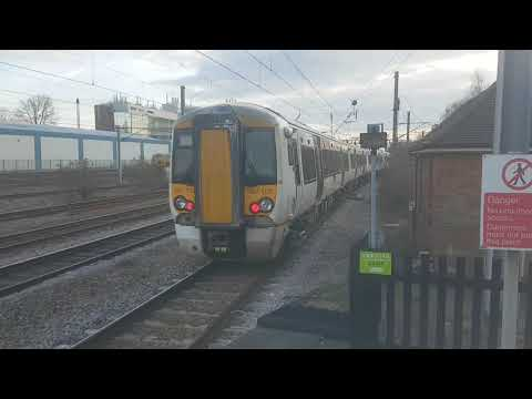 Trains and tones at Welwyn Garden City ( ECML 26/03/2018 )