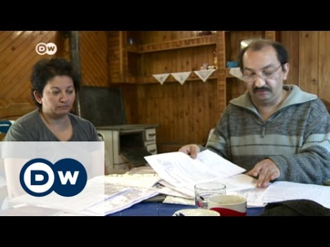 Deported: a Roma family returns to Serbia | DW News