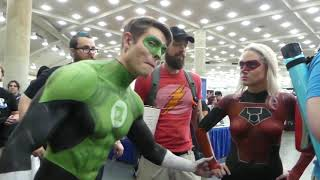 SOCIAL EXPERIMENT - PRANK BODY PAINT - SUPER HEROES GREEN LANTERN VS RED LANTERN