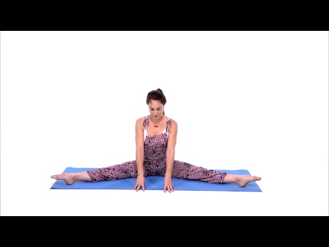 Detoxifying Yoga Flow To Help Digestion with Lauren Taus| Health