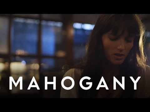 Say Lou Lou - Nothing But A Heartbeat // Mahogany Session