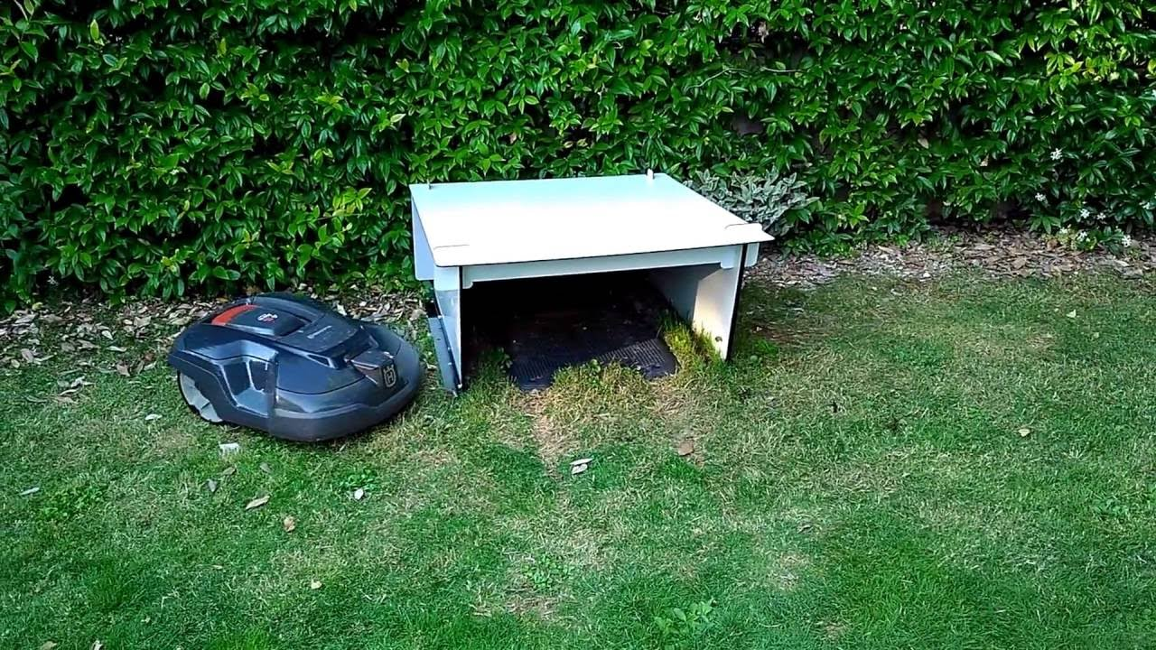 automower 315 smart garage youtube. Black Bedroom Furniture Sets. Home Design Ideas
