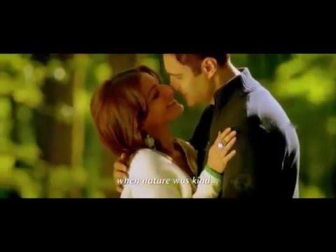 Soha ali khan kiss video
