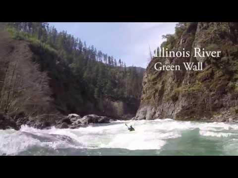 Whitewater Kayak, Green Wall, Illinois River, Oregon April 2017