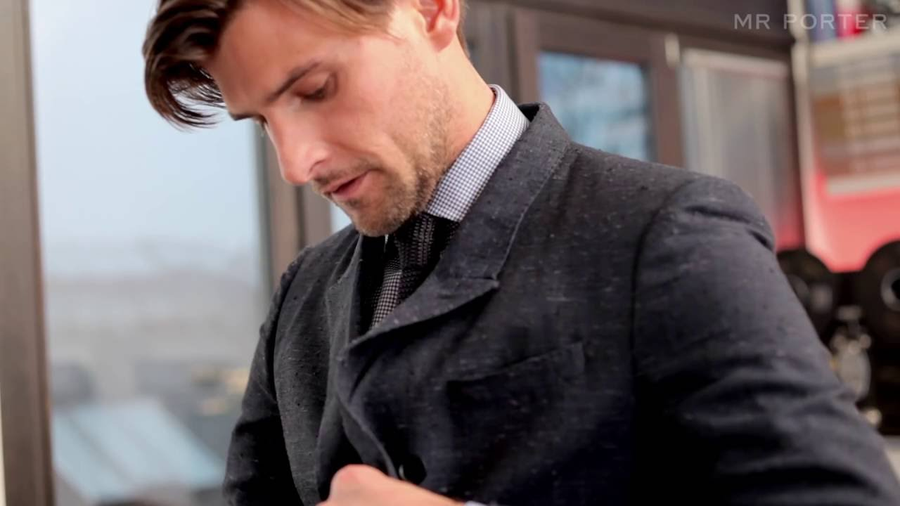 How to dress well by mr johannes huebl youtube for Mr porter live