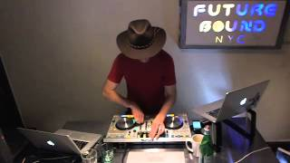 Futurebound NYC: Deephouse, Techno and Techhouse DJ Mix by Peter Munch Nov 23rd 2012 (2/2)