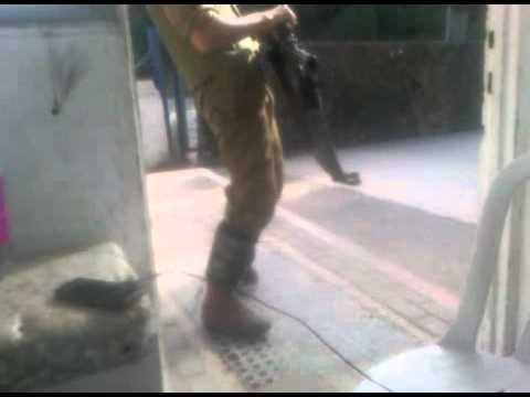 Israeli Soldier Walks It Out