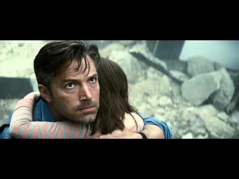 "Greatest Gladiator Match-up in New ""Batman v Superman"" Trailer"