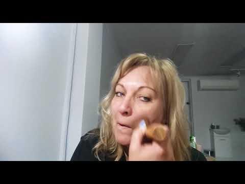 Eco minerals mineral makeup. Part 1 - Foundation