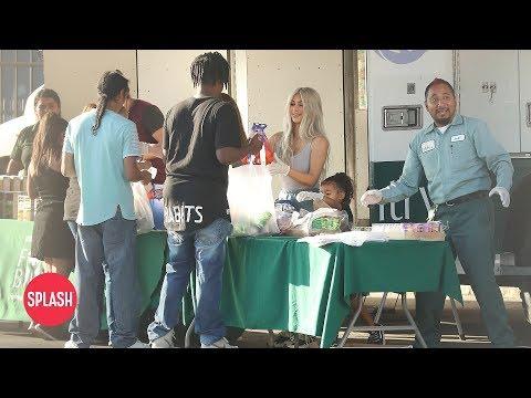 Kim Kardashian Feeds the Homeless in Downtown LA | Daily Celebrity News | Splash TV