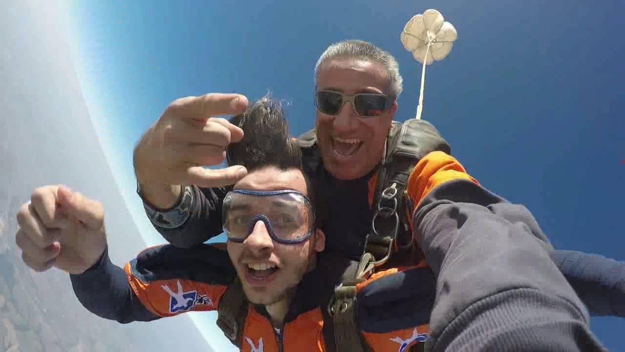 Salto de Paraqueda do Mauricio na Queda Livre Paraquedismo 30 07 2016
