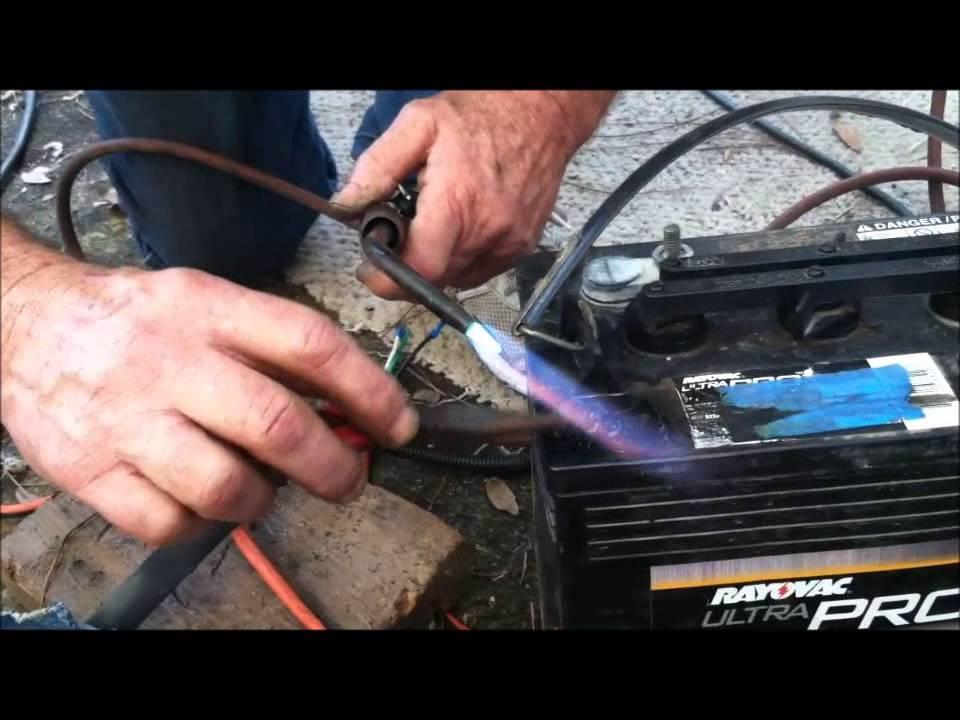 HOW TO REPAIR A GOLF CART BATTERY Golf Cart Batteries Rebuilt on good golf cart batteries, reconditioned golf cart batteries, installed golf cart batteries,
