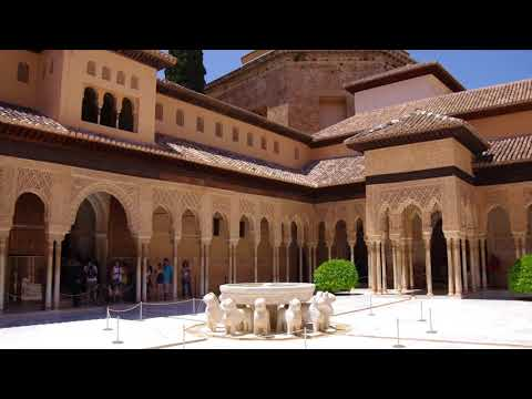 Court of the Lions / Patio de los Leones @ Alhambra - Granada