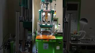 [TAIWANG] Electronic Accessory Making Machine And Equipping Auto Pick-out Component