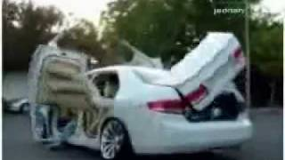 Арабский тюнинг машины..mov(, 2010-05-05T09:17:52.000Z)