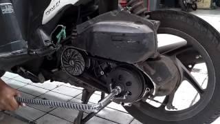 Cara Membuka Pulley CVT Belakang Honda Vario 125