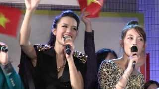 Vietnam Festival 2013 2日目最終日のステージです http://fonchi.net/