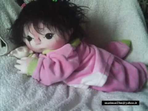 Bambole di stoffa youtube for Gnomi di stoffa fai da te