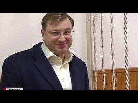 Миллиардер из Санкт-Петербурга арестован за контрабанду алкоголя