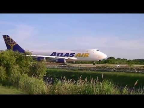 Boeing 747-400F Takeoff NAVSTA Norfolk (Uneditted)