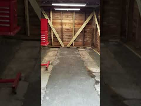 Decomposed Granite and portland cement shed floor