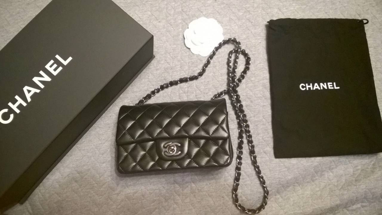 51f0eddd282358 Unboxing Chanel Classic Flap Mini Rectangular - YouTube