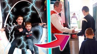 MAMAN NE SAURA JAMAIS NOTRE SECRET ! - Kids pretend play with the teleport machine