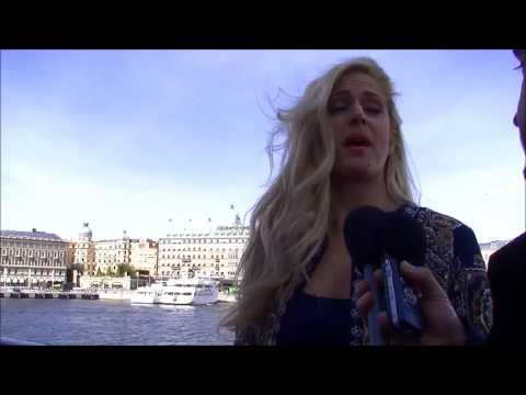 Eurovision 2016: Interview with Suzy (Portugal 2014)
