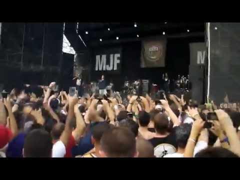 Cypress Hill Jump Around  in Tokyo Japan 2014
