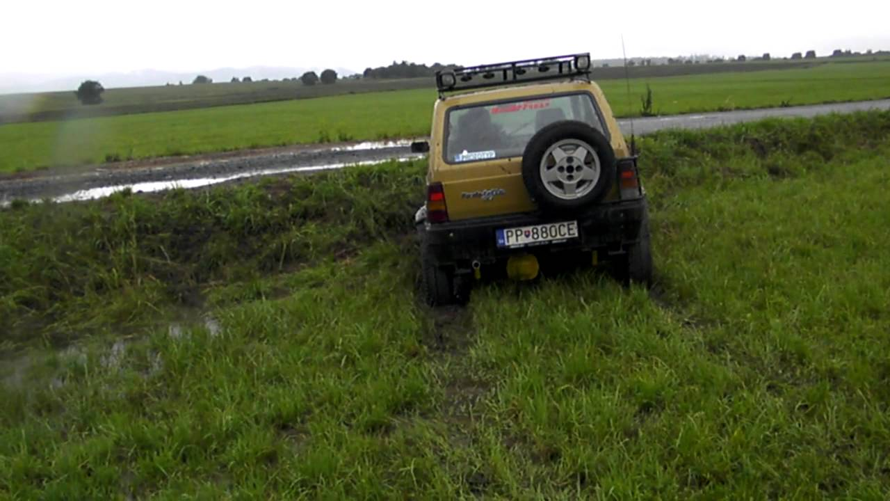 Panda 4x4 off road 100 diff lock test youtube for Panda 4x4 sisley off road