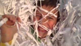 видео Бумажное шоу заказать на детский праздник, свадьбу, юбилей. База артистов АртГамма