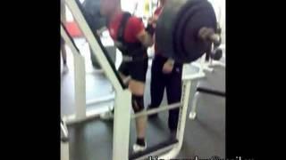 "Приседания ""сумо"" 275 kg х 5"