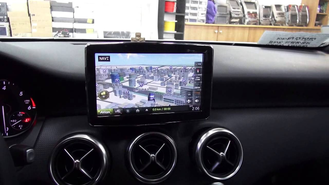 2014 mercedes benz new a class b class cla 8 retrofit touch monitor by navitech korea youtube. Black Bedroom Furniture Sets. Home Design Ideas