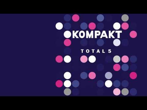 Superpitcher - Mushroom 'Kompakt Total 5' Album