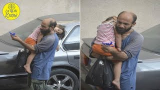 Photo Of Father Selling Pens Goes Viral And Raised Over $100,000 In Donations