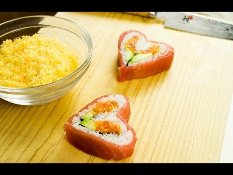 Make Valentines Day Sushi Roll - Heart Shaped Sushi Recipe Pics
