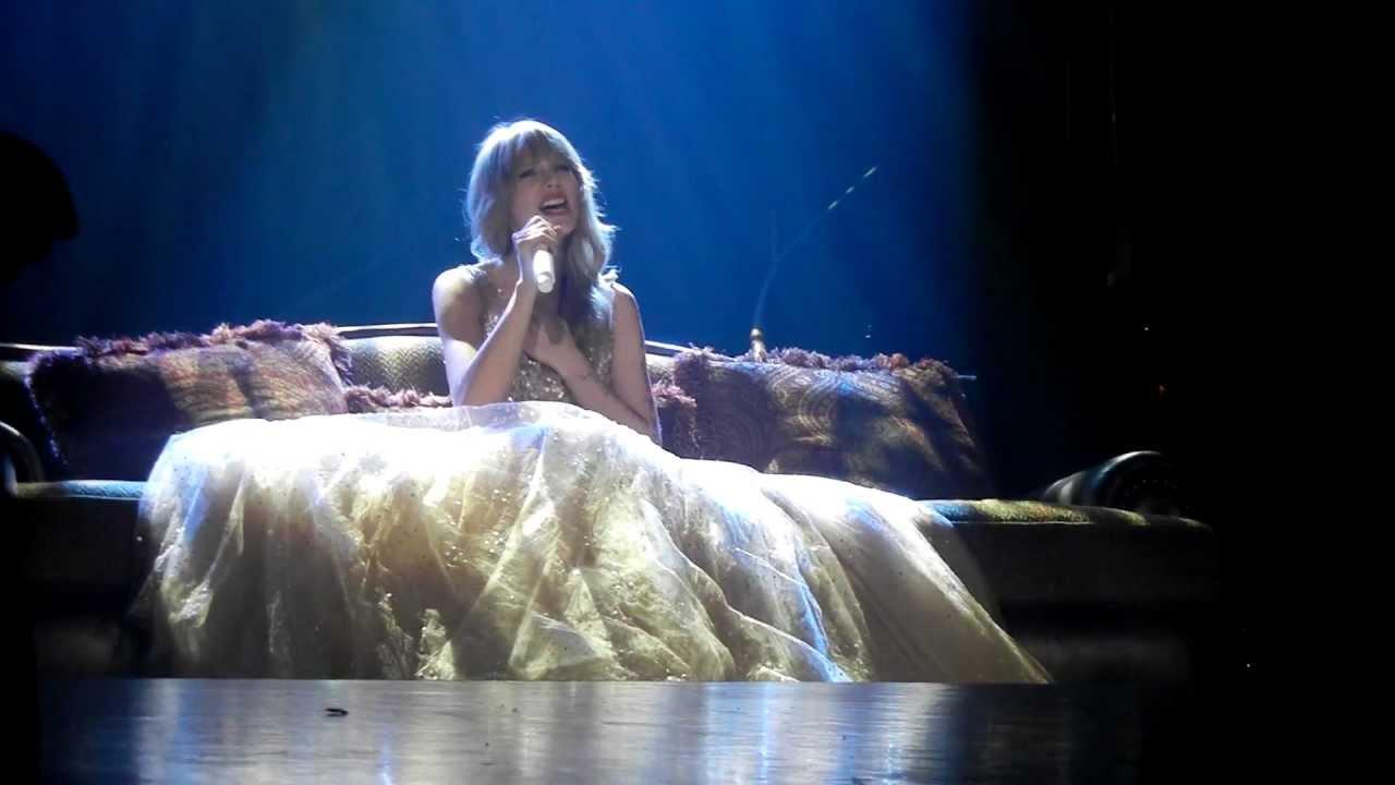 Safe And Sound Taylor Swift Live Brisbane 6 03 2012 Youtube