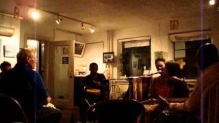Improvisation of drums, voice, guitar and sometimes more! Drums: Ja...
