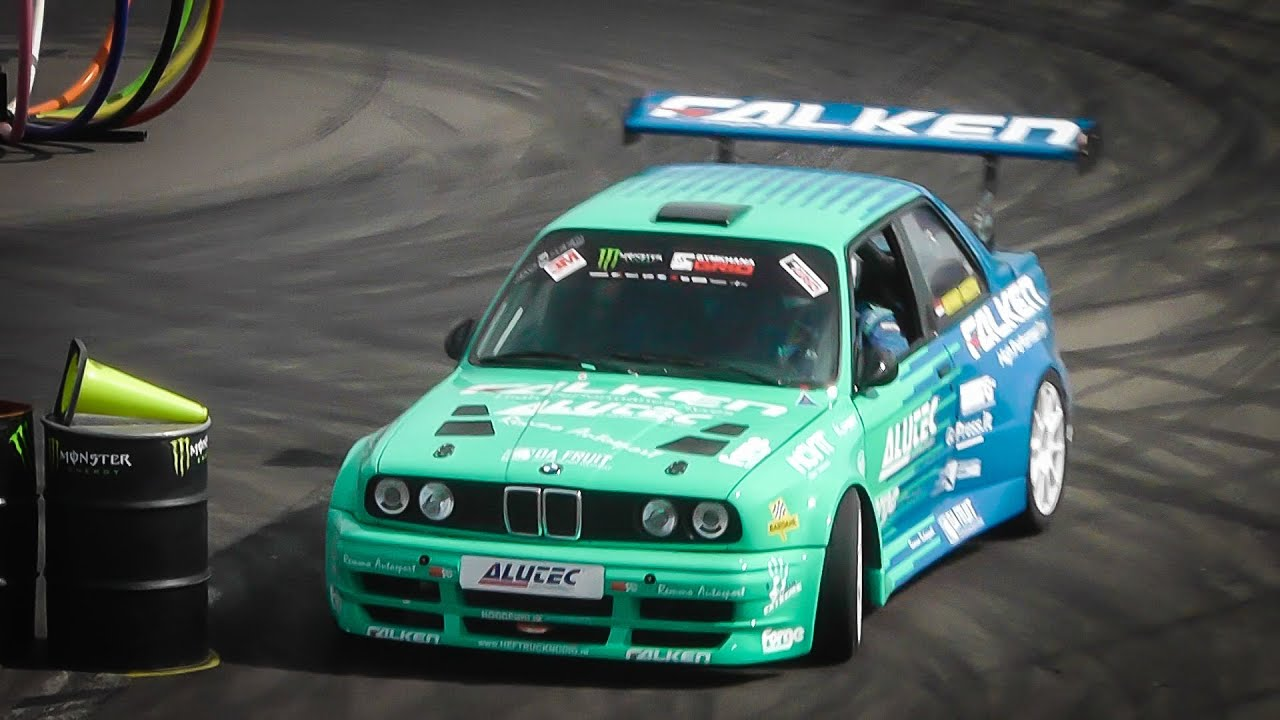 Bmw M3 E30 >> BMW E30 M3 Gymkhana/Drift Runs - YouTube