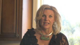 "Ann Romney ""I Love You Women!"" Face Cream Commercial Thumbnail"