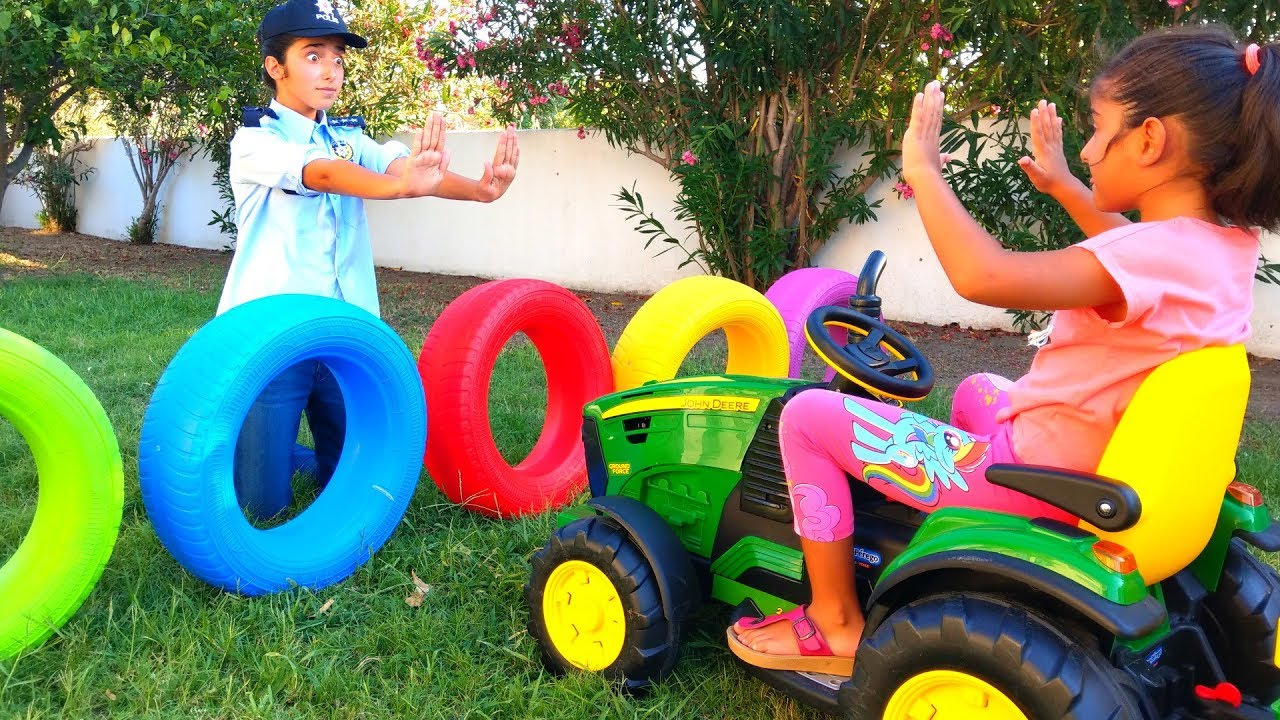 Download Esma and Asya fun games in the garden for kids video
