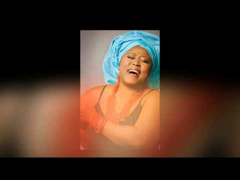 IDI EBUBE MEDLEY BY PEGGY CHIOMA OTIS (Lyric Video)