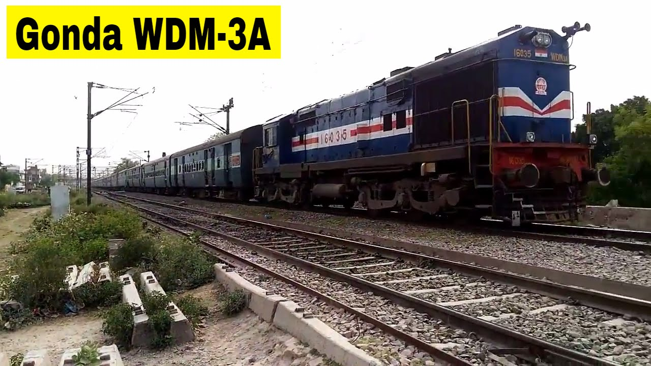 Hard Acceleration | GD WDM-3A with 18192 Utsarg Express departured from  Unnao Station | Indian train