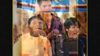Pair of kings Full Theme song Lyrics in Description