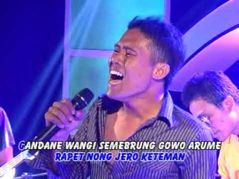 Selendang Sutro - Faruq [Official Music Video]