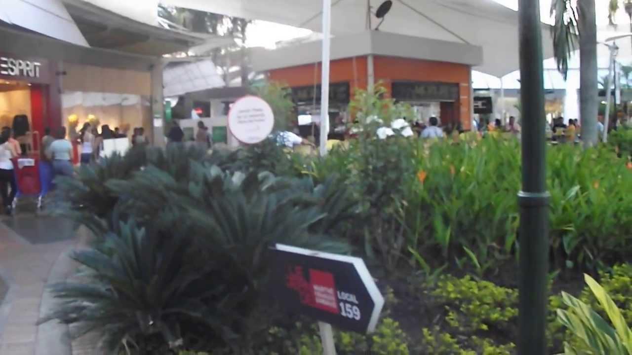 Jardin plaza cali colombia youtube youtube for Bodytech cali jardin plaza
