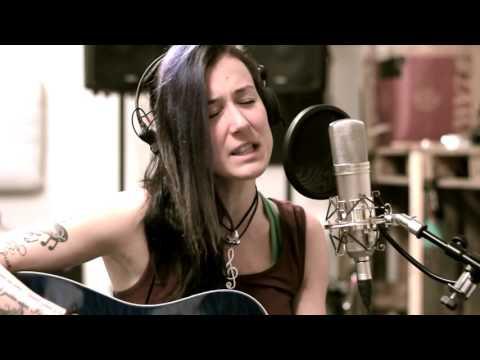 Sandra Szabo - Among the Heroes (live)